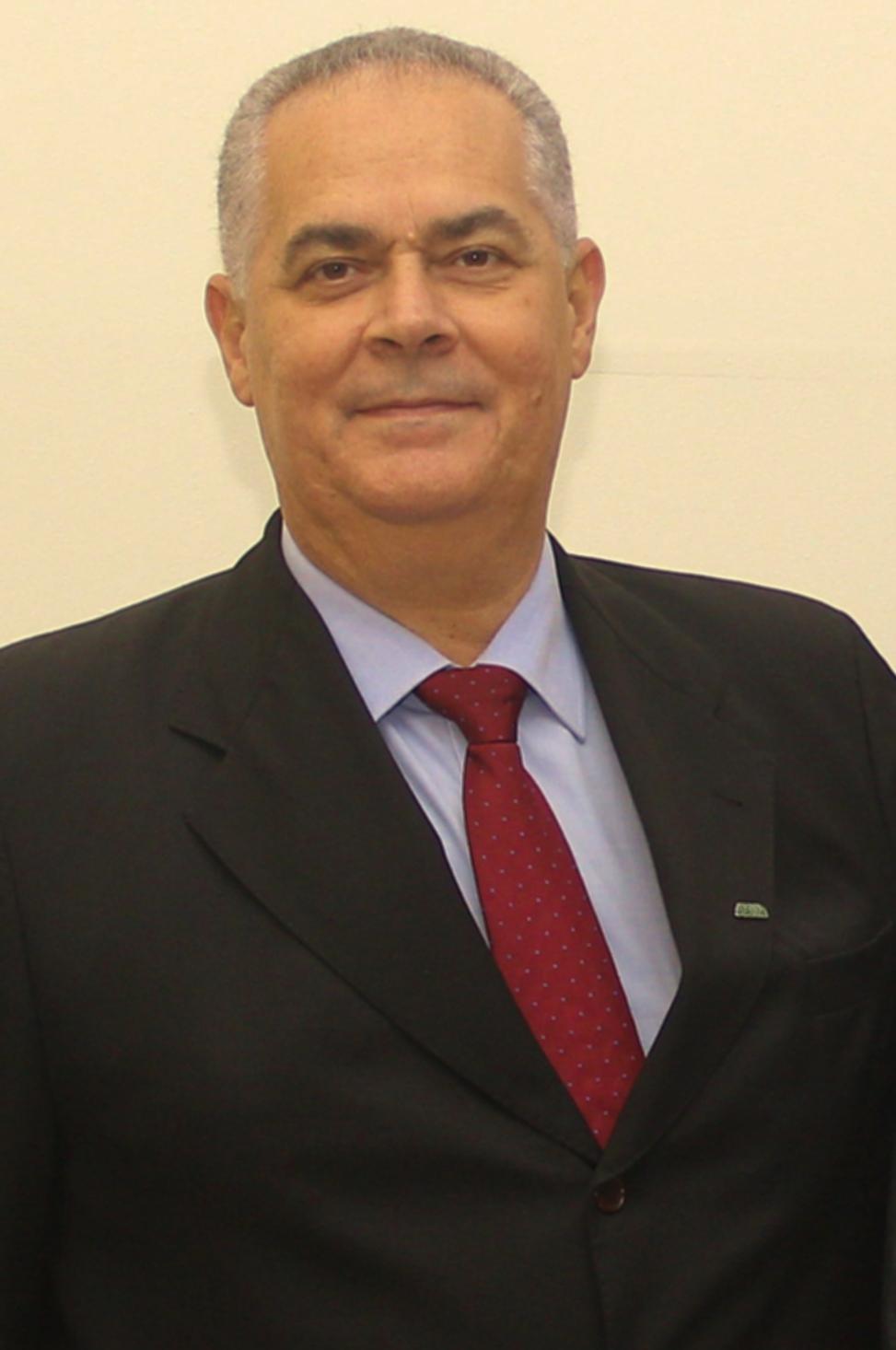 Vice-presidente da Ademi-AM, Hélio Alexandre, é homenageado na Assembleia Legislativa do Amazonas