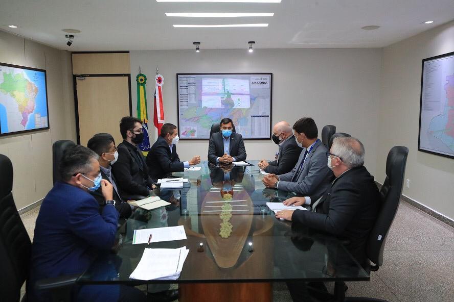 Wilson Lima se reúne com setor imobiliário e Caixa Econômica para avançar no licenciamento de novos projetos